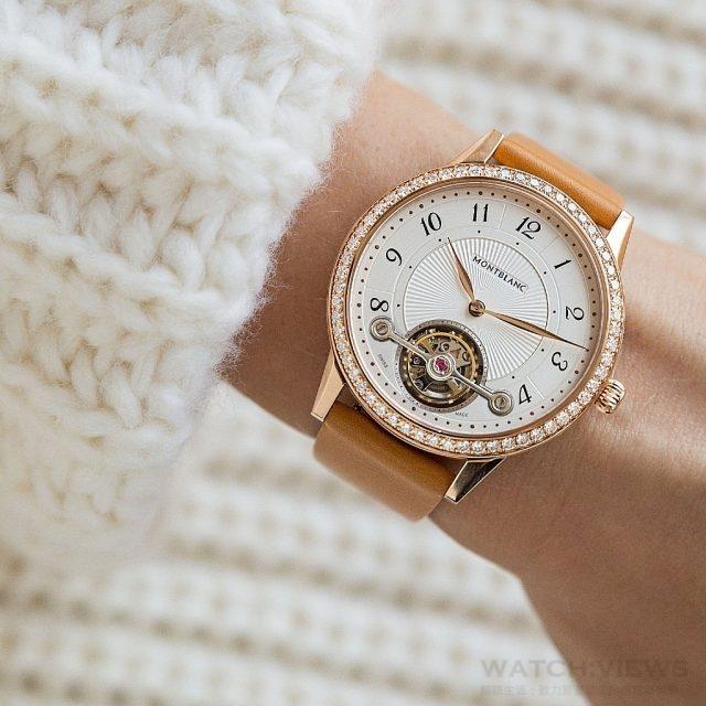 萬寶龍Boheme寶曦系列外置陀飛輪超薄珠寶腕錶,NT$1,500,400。