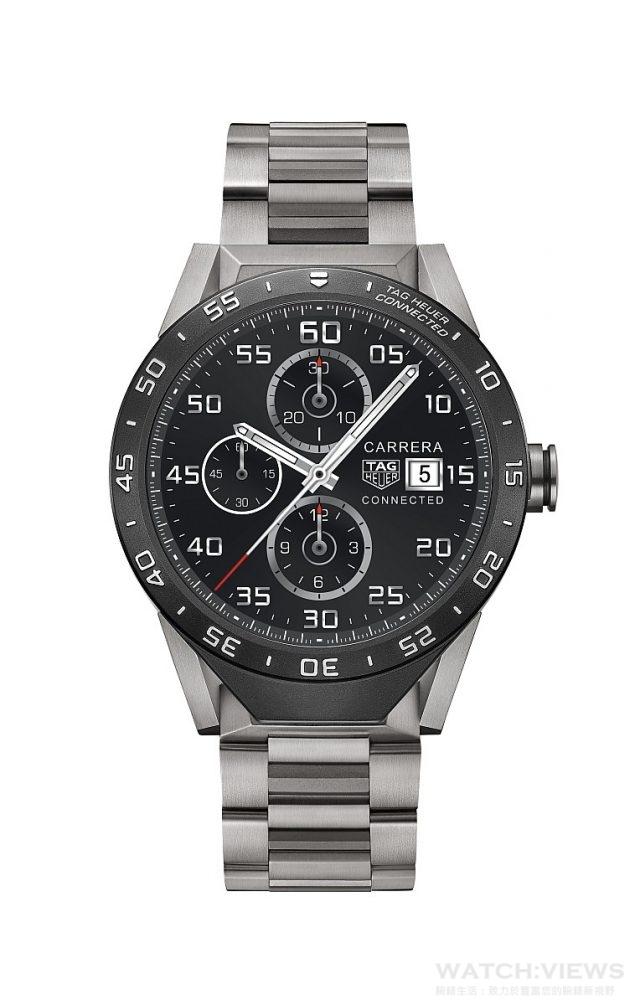 TAG Heuer Connected Watch智能腕錶鈦金屬鍊帶款,建議售價NTD57,000。