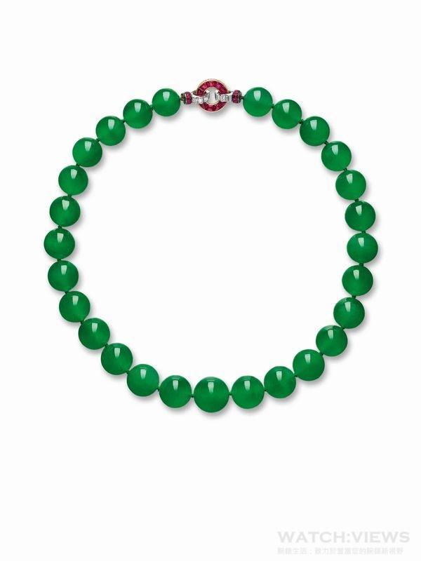 卡地亞典藏系列─翡翠玉珠項鏈,芭芭拉•赫頓珍藏的翡翠珠項鏈,27 顆翡翠珠晶瑩剔透、郁綠柔亮。