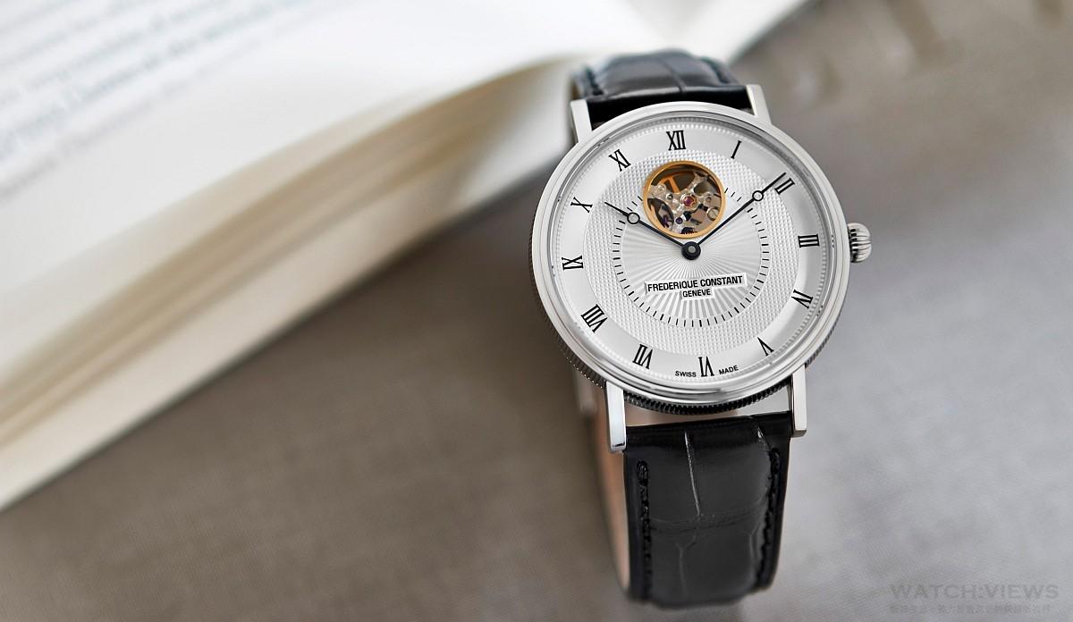腕上的華麗點綴:康斯登Classic Heart Beat典雅超薄心跳自動腕錶