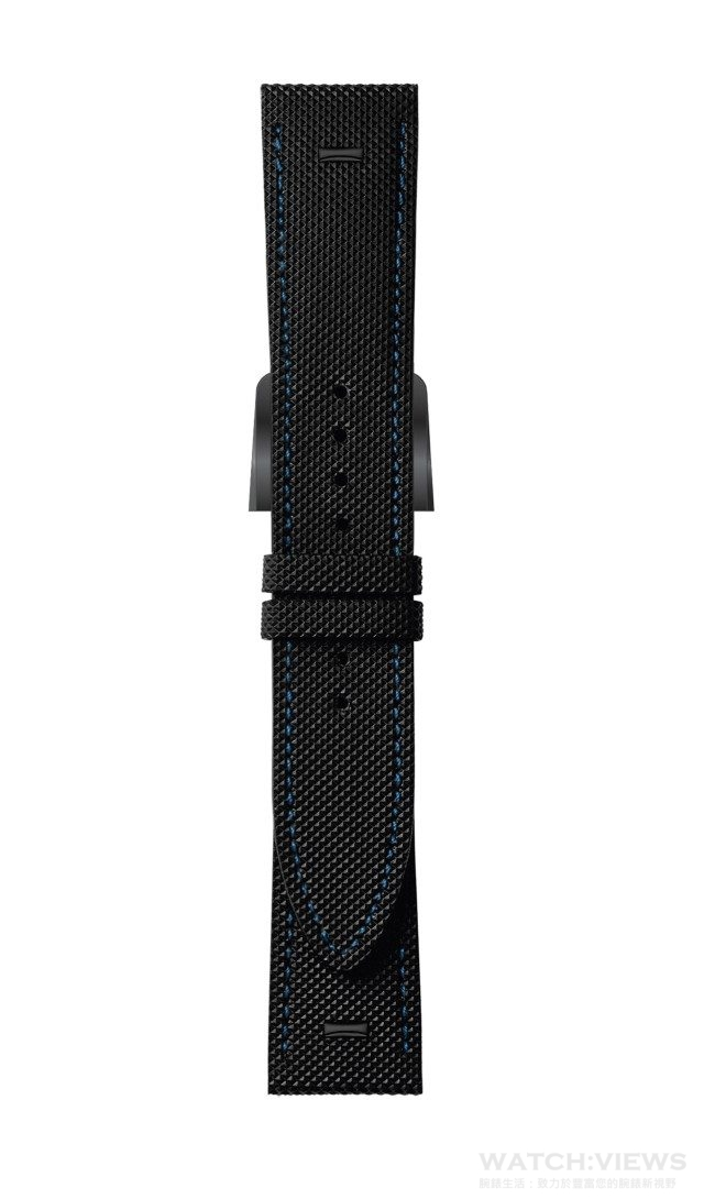全新Selleria男裝腕錶備有三條可換式錶帶,即帶有織布裝飾的黑色小牛皮錶配黑色不銹鋼針扣(圖示)、黑色鱷魚皮錶帶配黑色不銹鋼折疊扣,以及黑色FENDI Cuoio Romano皮革錶帶。