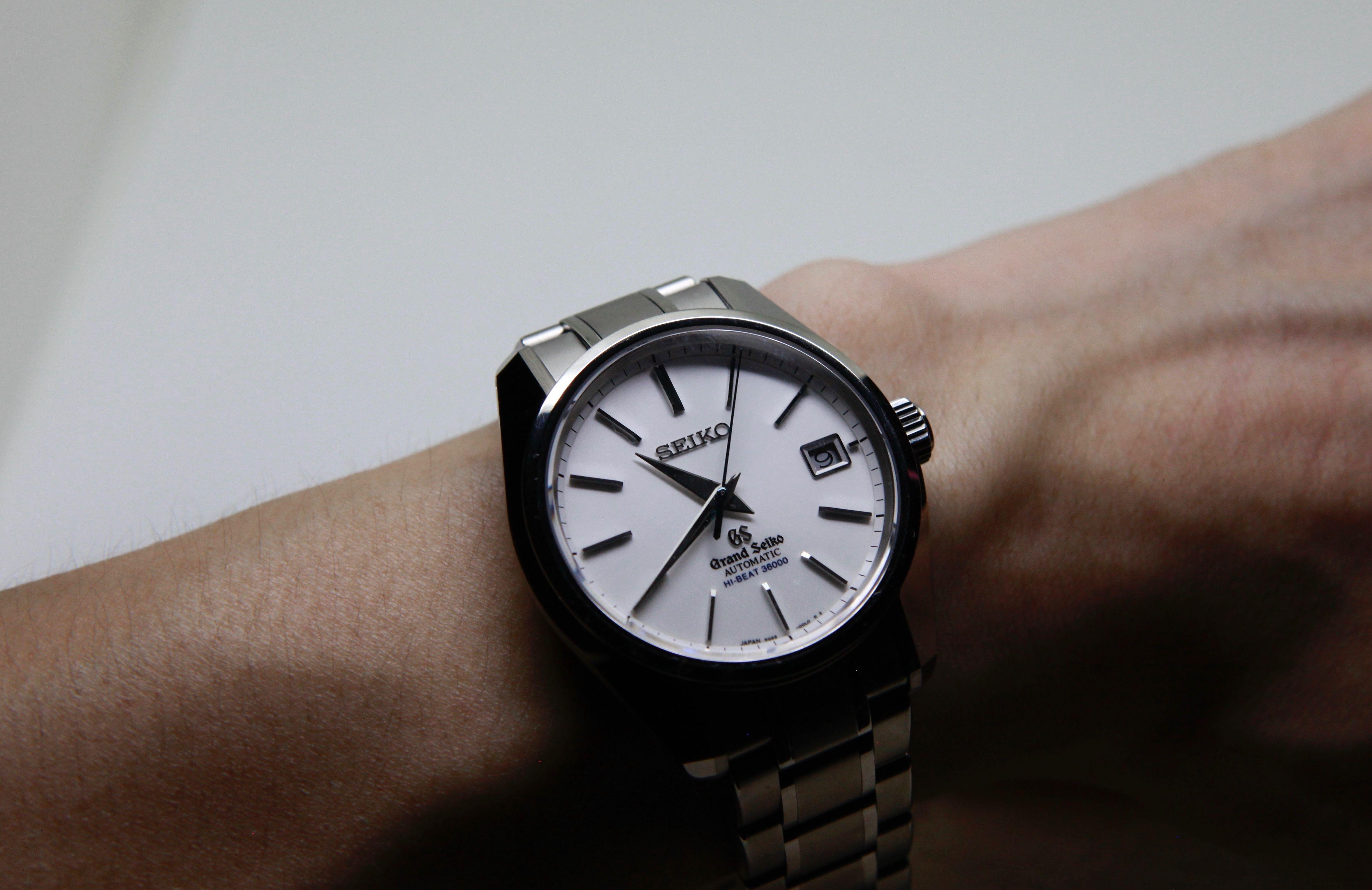 絕對細緻的精準時計:Grand Seiko自動上鍊36000轉白鈦腕錶