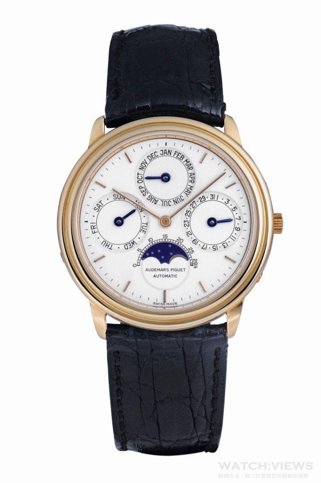 1978年:世界上最纖薄的自動上鏈萬年曆腕錶。