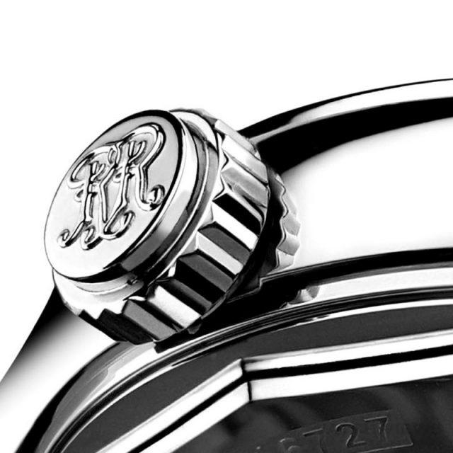 BALL Watch Engineer III工程師系列青銅星(Bronze Star)與銀鋼星(Silver Star)飛行錶款都配備專利註冊的 Amortiser® 防震裝置以一個防磁保護圈包圍著機芯,能有效吸收由側面撞擊而產生的震盪,減少對手錶精準度的影響。