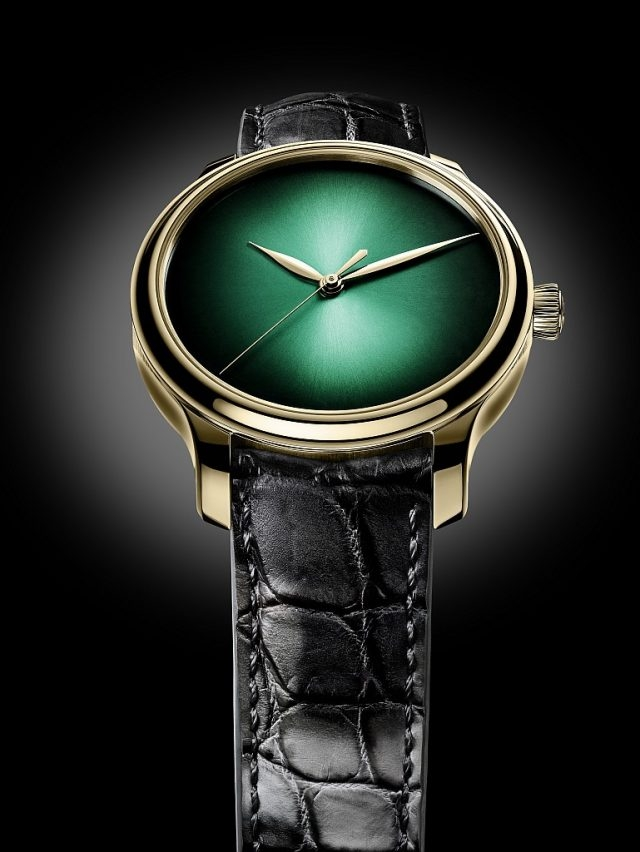 勇創者大三針宇宙綠慨念腕錶,編號1343-0110,玫瑰金錶款,宇宙綠fumé 煙熏錶盤,迷彩風格鱷魚皮錶帶,限量20枚。