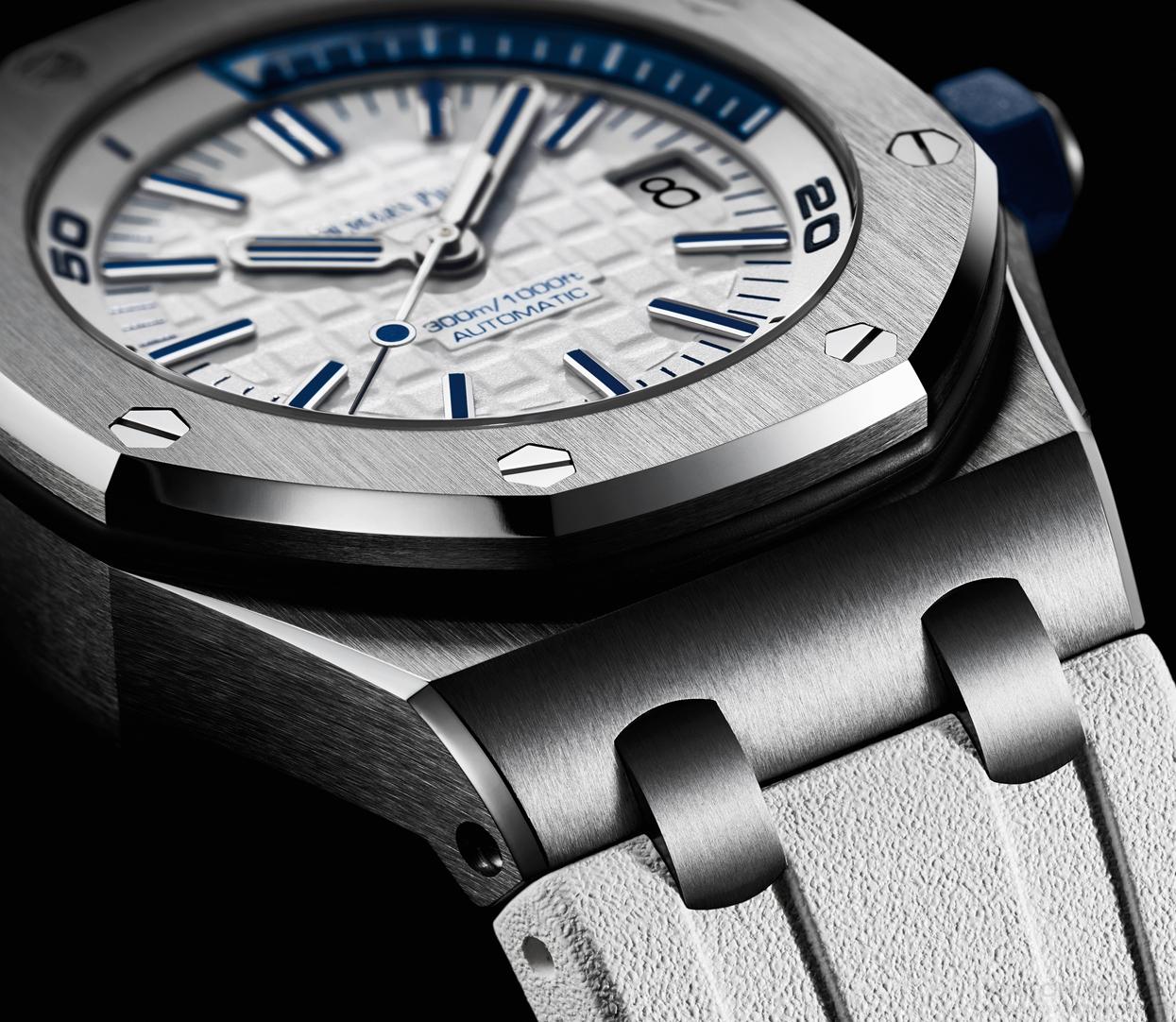 【2017日內瓦錶展報導】Audemars Piguet Royal Oak Offshore Diver皇家橡樹離岸型彩色潛水錶