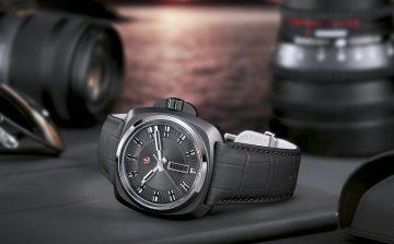 硬角色:雷達表復刻版皓星系列1616腕錶以粗獷風格向探險精神致敬