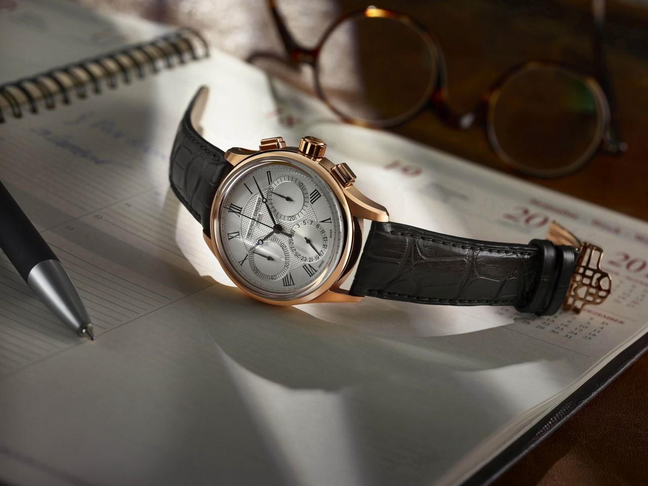 【2017巴塞爾報導】康斯登推出第一枚自製機芯飛返計時腕錶Flyback Chronograph Manufacture