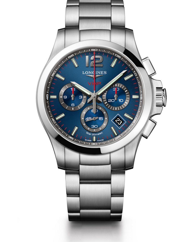 征服者系列V.H.P.計時碼錶,不鏽鋼錶殼,錶徑44毫米,時、分、小秒針、日期萬年曆、計時碼錶、智慧錶冠、GPD齒輪位置偵測系統、智慧錶冠、省電模式、E.O.L.動力警示,石英機芯,防水50米,不鏽鋼鍊帶,參考售價:NTD 55,000。