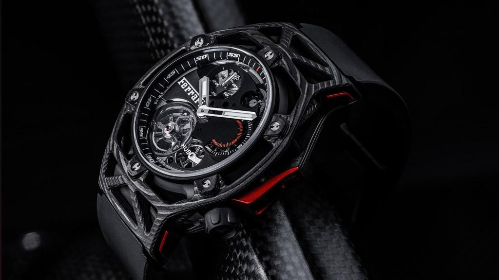 【2017巴塞爾報導】紅鬃烈馬、急速旋風:Hublot Techframe Ferrari 70週年陀飛輪計時碼錶