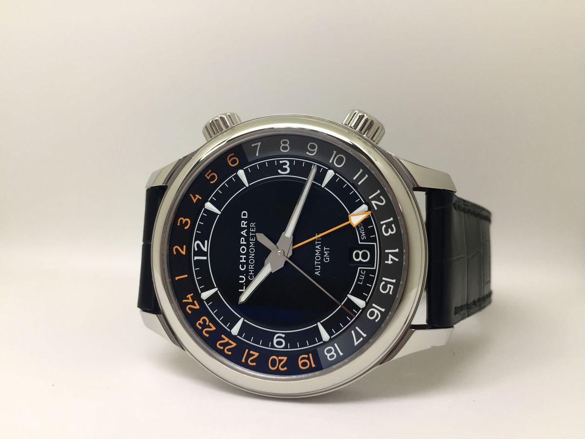 生活旅行兩相宜:蕭邦L.U.C GMT One兩地時間腕錶