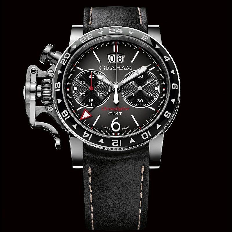 Graham Chronofighter Vintage GMT腕錶,黑色太陽放射狀飾紋錶盤,手縫黑色小牛皮錶帶,建議售價NTD248,000。