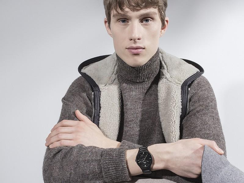 雷達表攜手世界知名設計師,開發全新True真我系列獨家限量腕錶