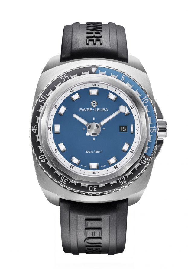 Raider系列Deep Blue腕錶,不鏽鋼錶殼,錶徑44毫米,時、分、秒、日期、單向旋轉錶圈、夜光指針及時標,自動上鍊機芯,藍寶石水晶玻璃鏡面,防水300米,橡膠錶帶,參考售價:NTD 69,000。