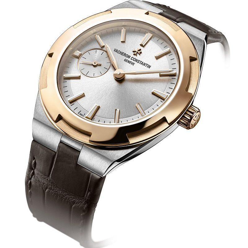 Overseas 小型號,精鋼和18K 5N粉紅金雙色版,錶徑37毫米,售價NTD709,000。