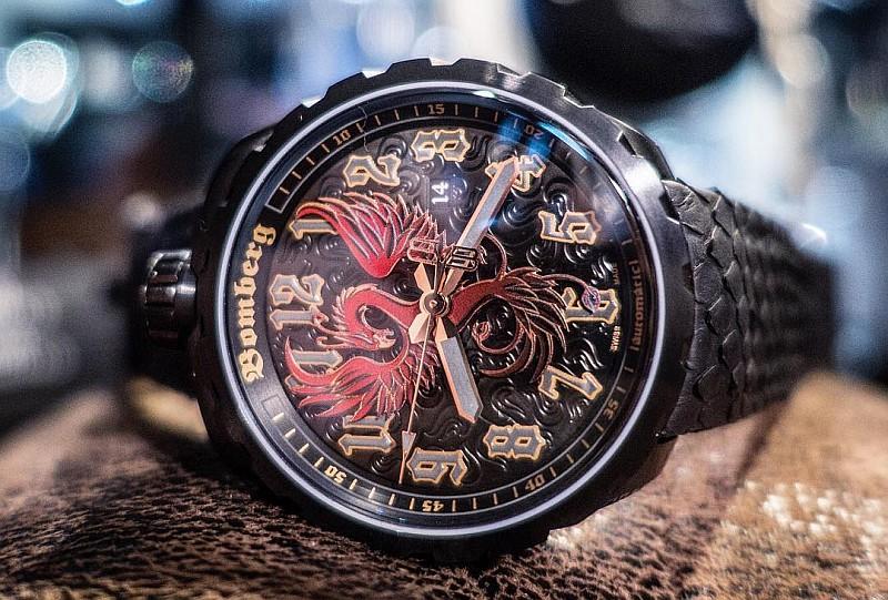 慶祝超級雷鬼樂手Nicky Jam加盟,BOMBERG推出BOLT-68 Nicky Jam火鳳凰大三針自動錶與計時碼錶