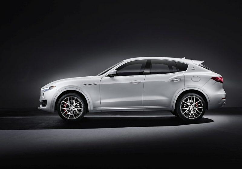 Levante S Sport備有六段高低可調主動式氣壓懸吊系統搭配Maserati獨家Skyhook電子懸吊,兼顧Off Road需求及On Road穩定性。
