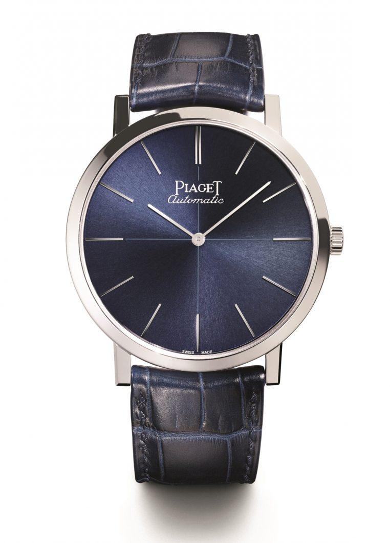 Altiplano 60週年限量腕錶,18K白金錶殼,錶徑43毫米,時、分,1200P自動上鍊機芯,厚度2.35毫米,動力儲存44小時,藍寶石水晶玻璃鏡面及底蓋,鱷魚皮錶帶,全球限量360只,參考售價:NTD 815,000。