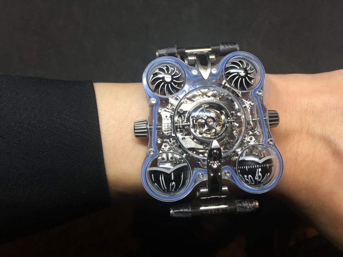 你戴的不是錶,是太空船!