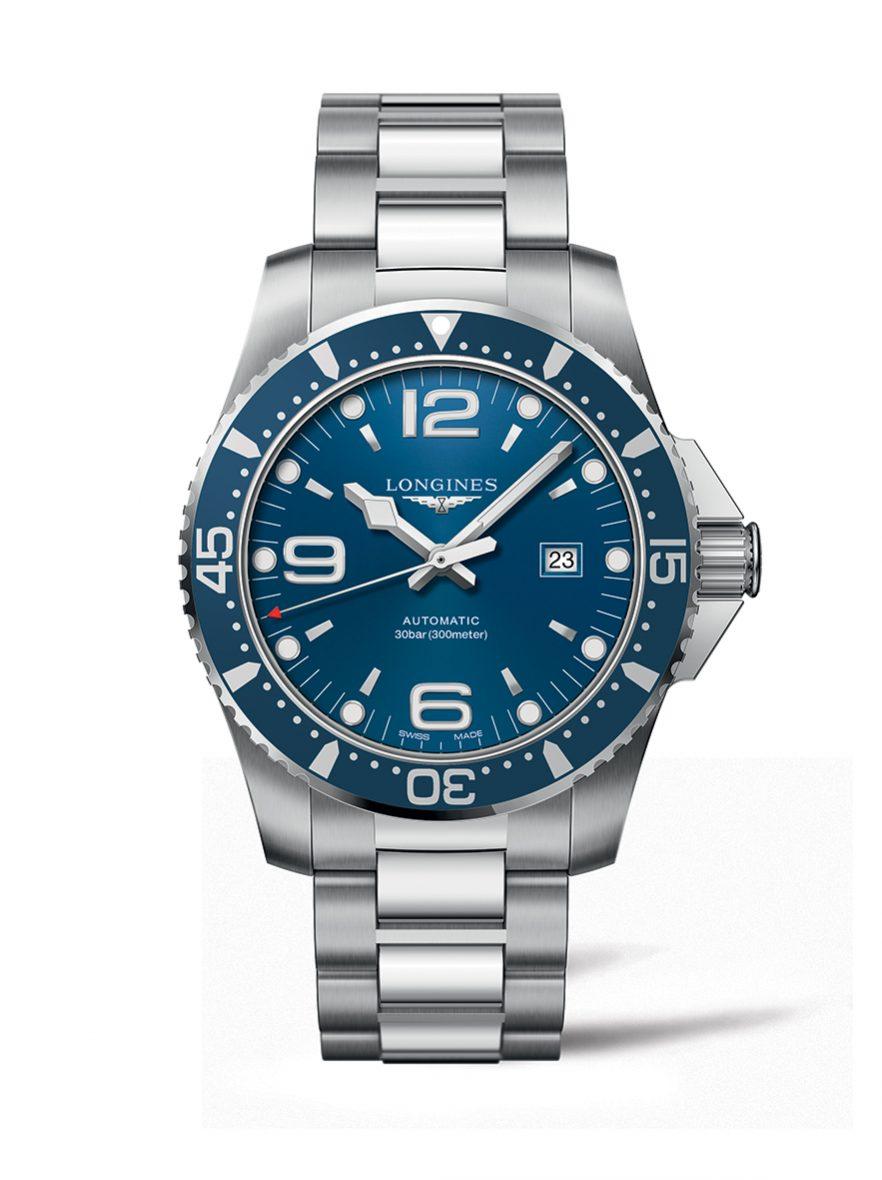 深海征服者系列腕錶,不鏽鋼錶殼,錶徑44毫米,時、分、秒、日期,L888自動上鍊機芯,動力儲存64小時,藍寶石水晶玻璃鏡面,防水300米,不鏽鋼鍊帶,另有黑色錶盤款,參考售價:NTD 39,800。
