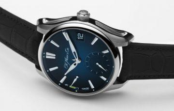 征服全地形的不鏽鋼萬年曆腕錶:H. Moser & Cie. Pioneer Perpetual Calendar開拓者萬年曆腕錶