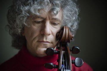 史蒂芬.伊瑟利斯(Steven Isserlis)榮獲Glashütte Original第14屆「格拉蘇蒂原創音樂節大獎」