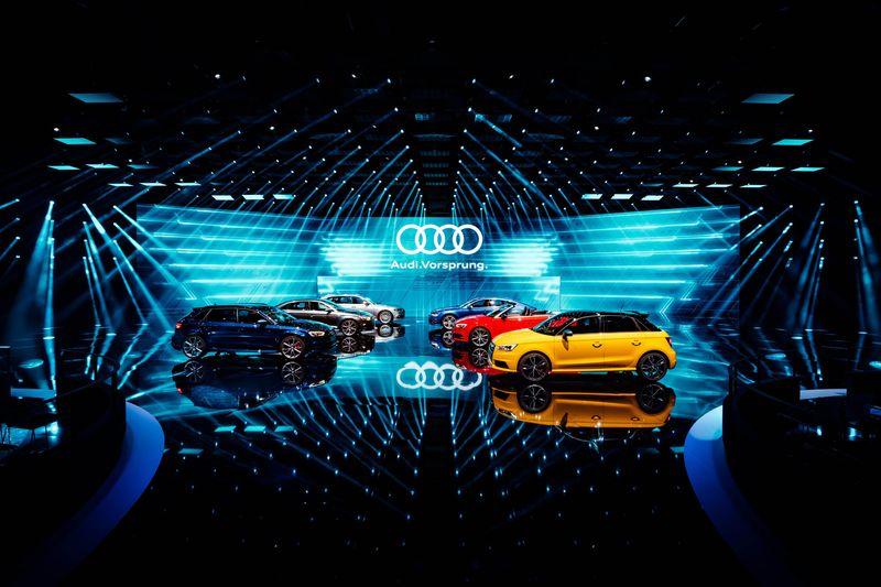 奧迪全球高峰會 Audi A8無人駕駛趴趴走
