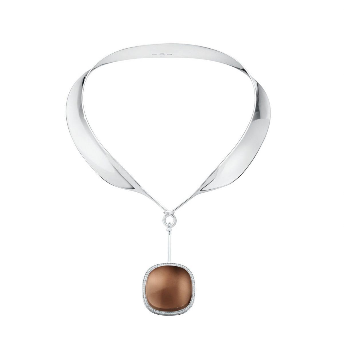 GEORG JENSEN VIVIANNA DEW DROP純銀煙水晶與鑽石墜飾頸圈,參考售價NTD 135,500。