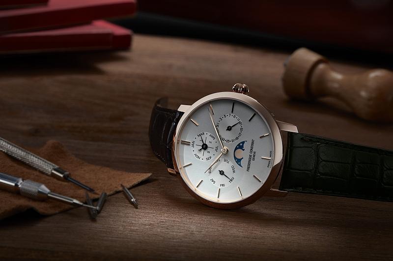 以中價姿態及高規技術向專業製錶致意:購買康斯登指定錶款即贈原廠限量工具盒