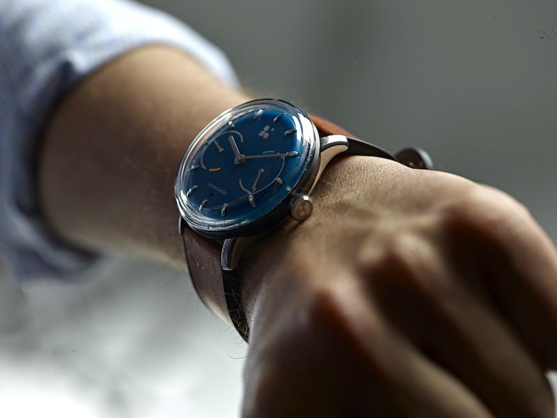 """終於!""""號稱""""永久免充電的Smartwatch"""