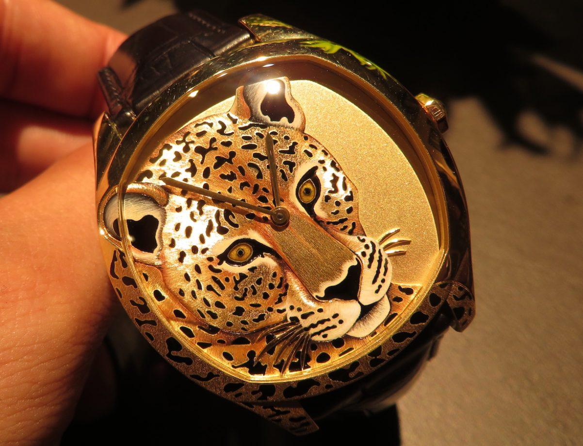 Drive de Cartier美洲豹裝飾腕錶