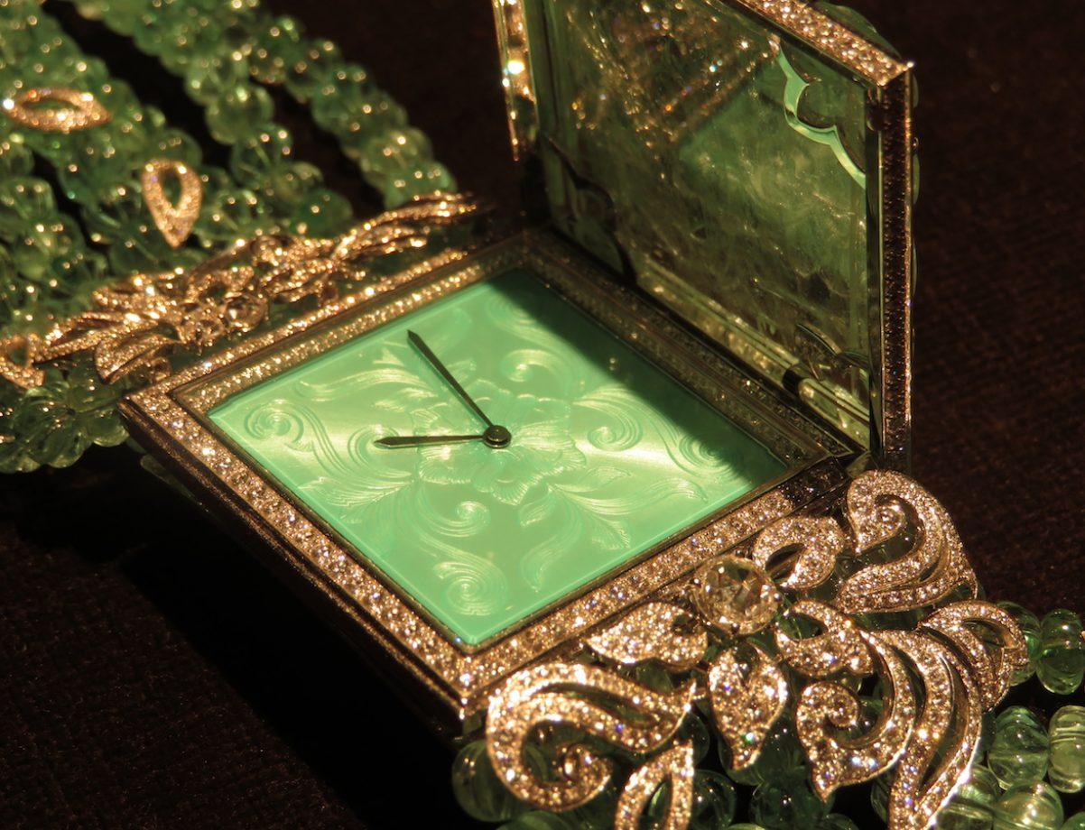 卡地亞頂級珠寶系列鱷魚裝飾神秘錶之錶盤