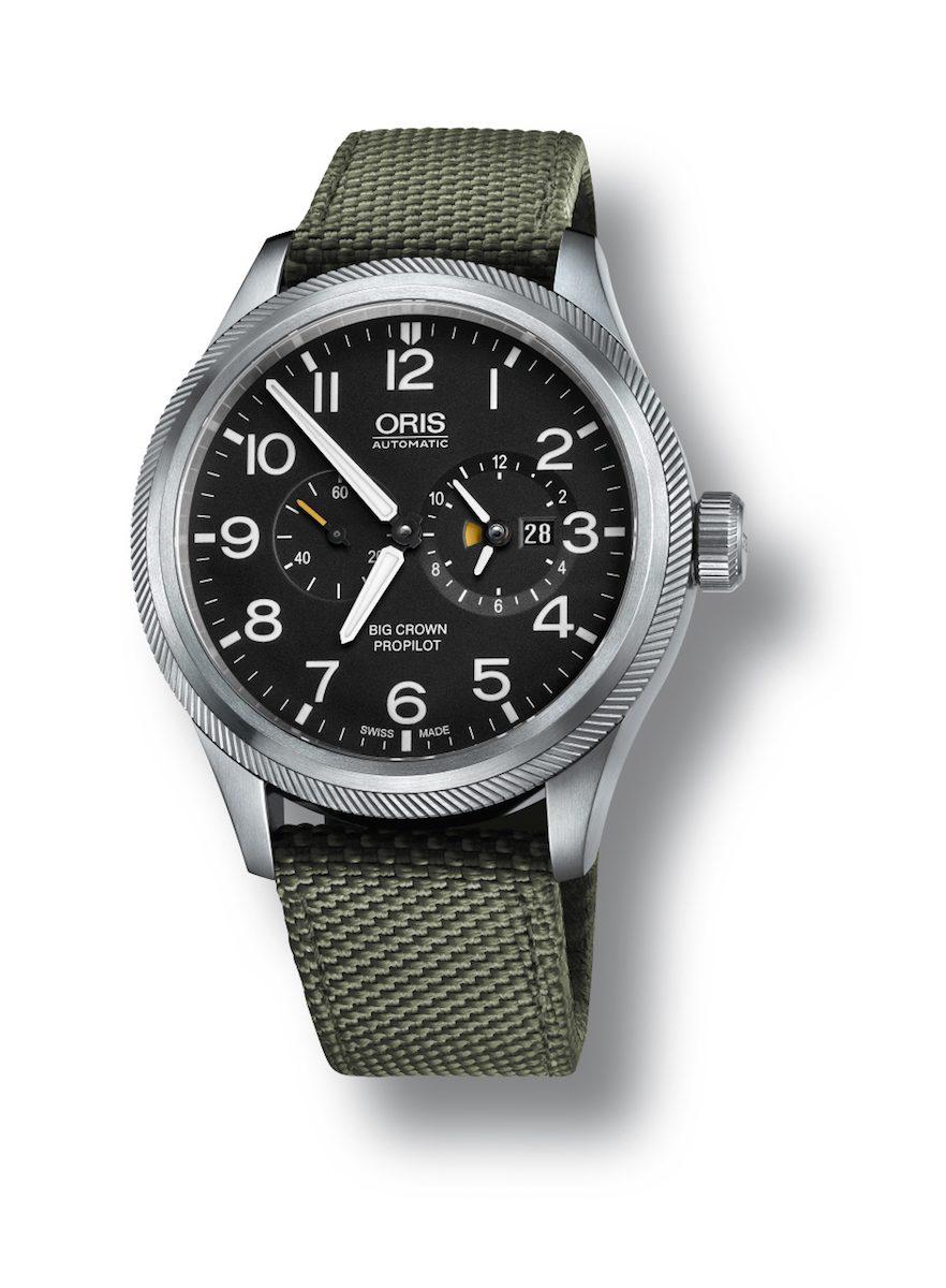 Oris Big Crown ProPilot世界時區錶,黑色錶盤搭配紡織錶帶款。