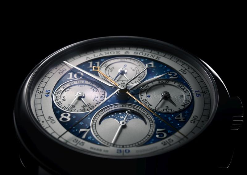 向非凡工藝與藍色意象致意:朗格在佛羅倫斯呈獻全新腕錶系列