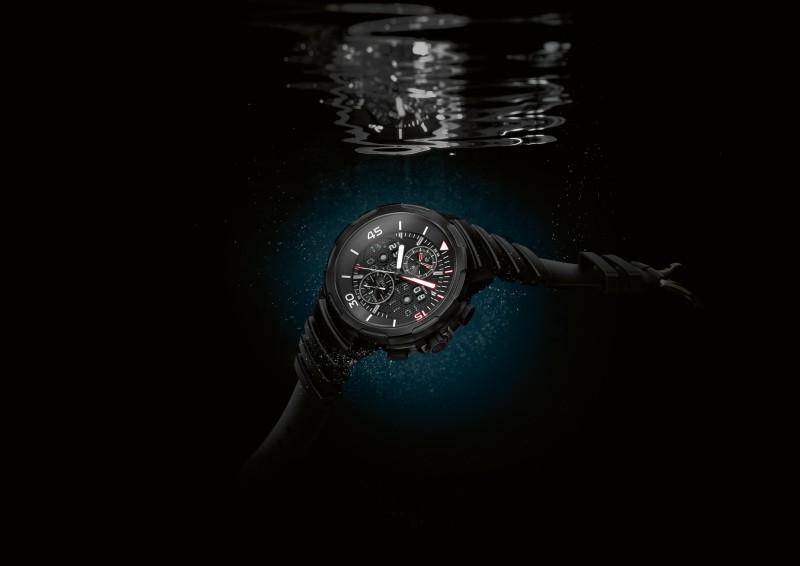 IWC萬國錶推出首款Ceratanium錶殼腕錶