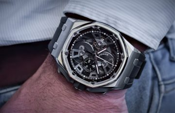 【2018 Pre-SIHH】愛彼推出初版皇家橡樹離岸型自動上鍊計時腕錶復刻款及全新皇家橡樹離岸型陀飛輪計時腕錶