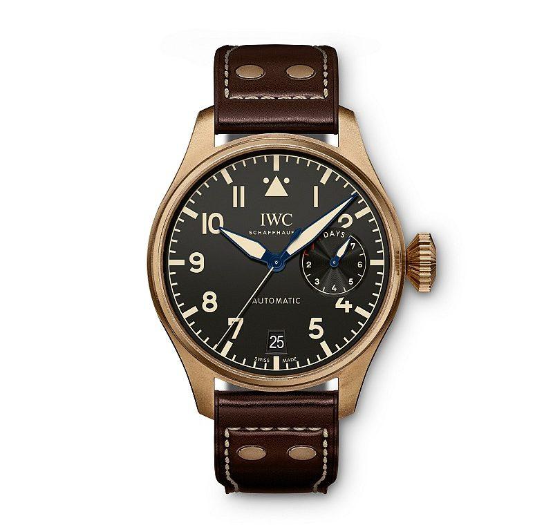 青銅大型飛行員傳承腕錶,型號IW501005,限量1500只,建議售價NTD439,000。