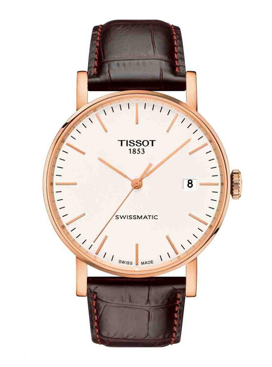 天梭表 Everytime Swissmatic魅時系列自動腕錶白面皮革款,參考售價 NTD16,900。