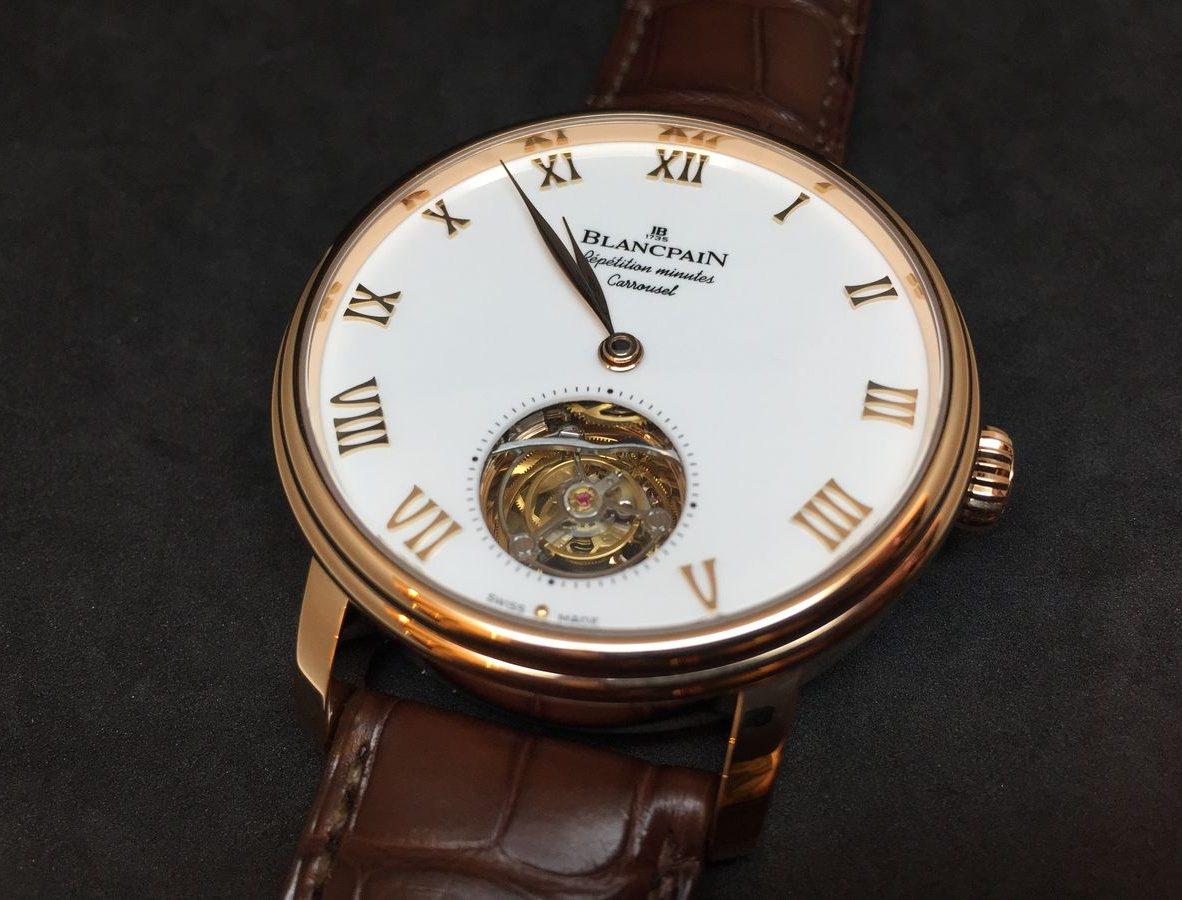 Villeret卡羅素三問春宮腕錶。
