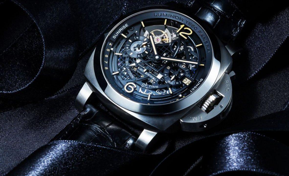 L'Astronomo-Luminor 1950陀飛輪月相時間等式兩地時間腕錶:鈦金屬錶殼,錶徑50毫米,時、分、小秒針、日期、月份、第二時區、時間等式、日出及日落時間、陀飛輪、錶背24小時日夜、月相、動力儲存顯示,P.2005/GLS手動上鍊機芯,動力儲存96小時,藍寶石水晶玻璃鏡面及底蓋,防水100米,鱷魚皮錶帶,參考售價:歐元 199,000。