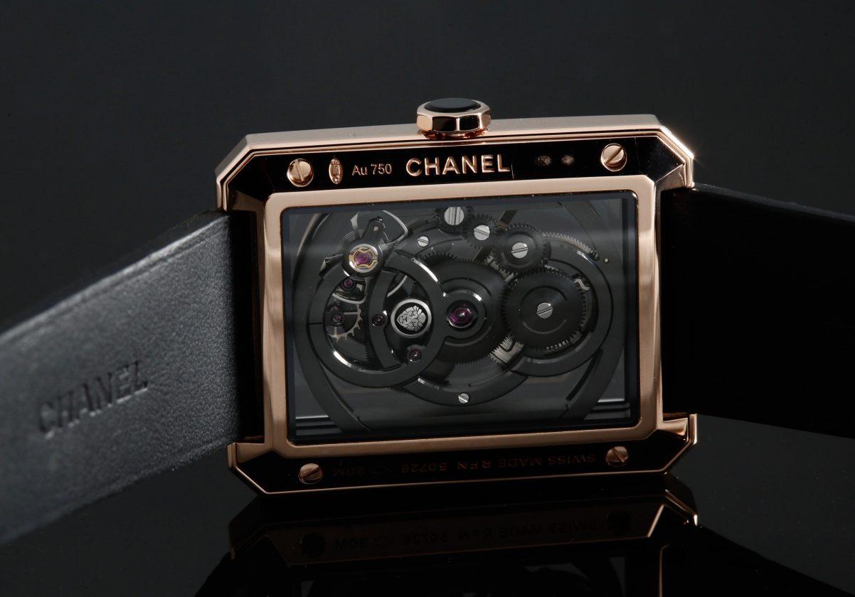 鏤空的機芯結構其實並不複雜,卻很有Chanel的風格。