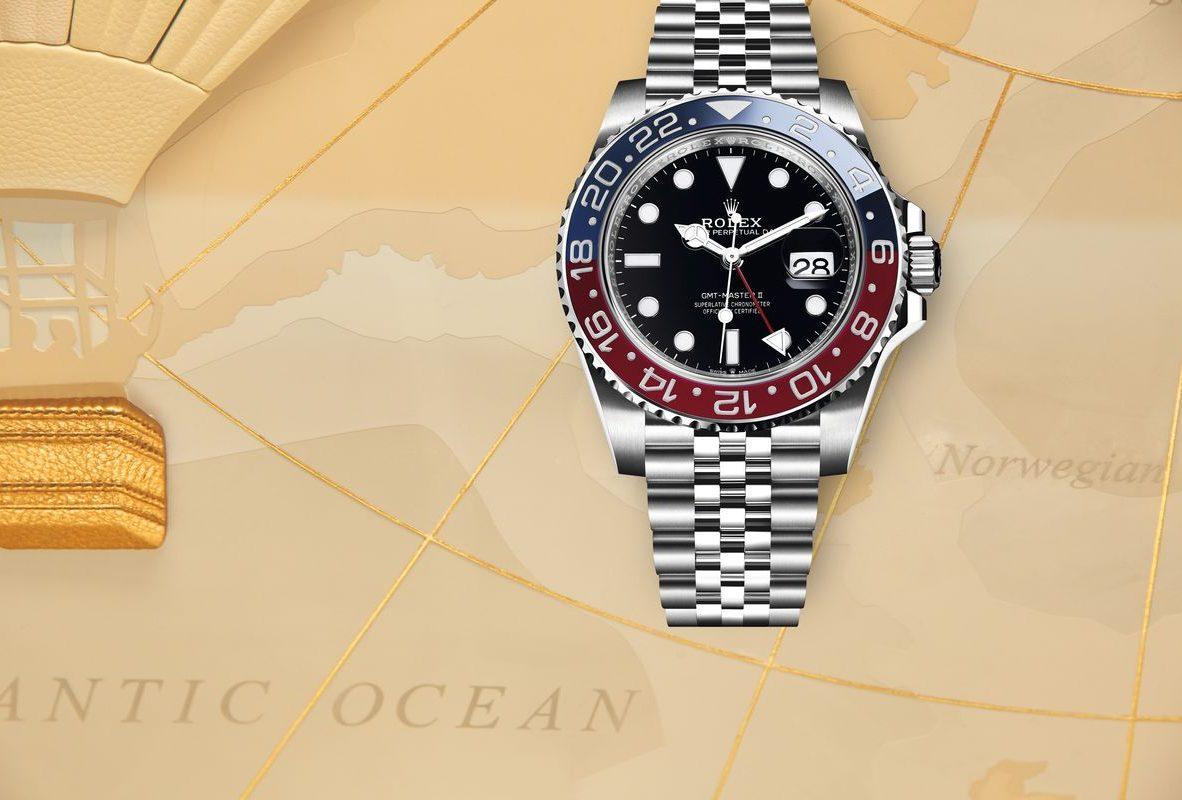 蠔式鋼錶殼,Cerachrom 陶質雙向旋轉錶圈,錶徑40毫米,時、分、秒、日期、24小時第二時區,3285型自動上鏈機芯,動力儲存70小時,藍寶石水晶玻璃鏡面,防水100米,蠔式鋼五格鏈節紀念型錶帶,參考售價:瑞士法郎8,800。