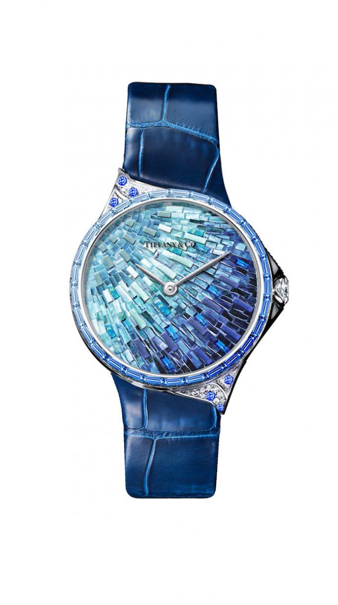 Tiffany Metro 28mm 馬賽克設計18K白金鑲嵌藍寶石、鑽石與彩色寶石高級珠寶腕錶,NTD3,775,000。