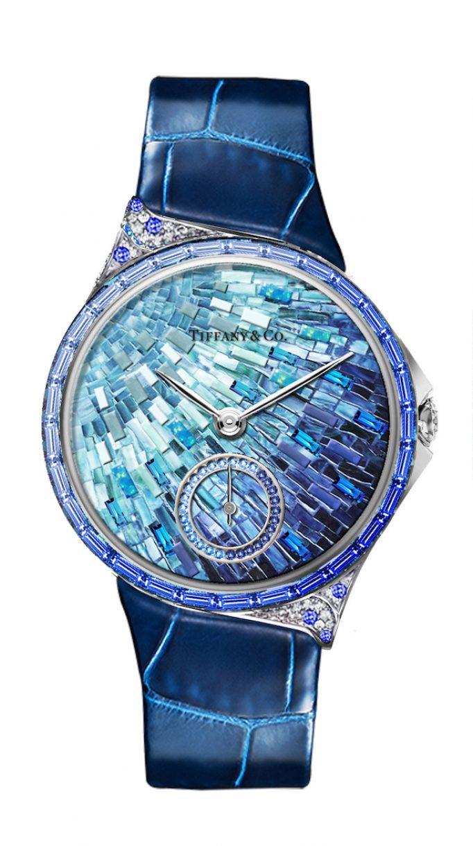 Tiffany Metro 34mm 馬賽克設計18K白金鑲嵌藍寶石、鑽石與彩色寶石高級珠寶腕錶,參考售價NTD4,130,000。
