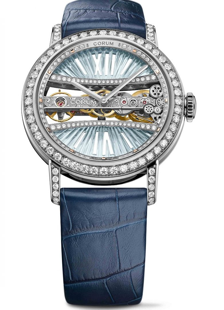 CORUM 金橋系列圓形鑽錶,白金錶殼,錶徑39毫米,建議售價NTD1,932,000。