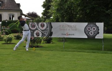 LineSport運動系列最新錶款Chronographe Monopoussoir Rattrapante,現身第五屆F.P. JOURNE高爾夫球盃比賽