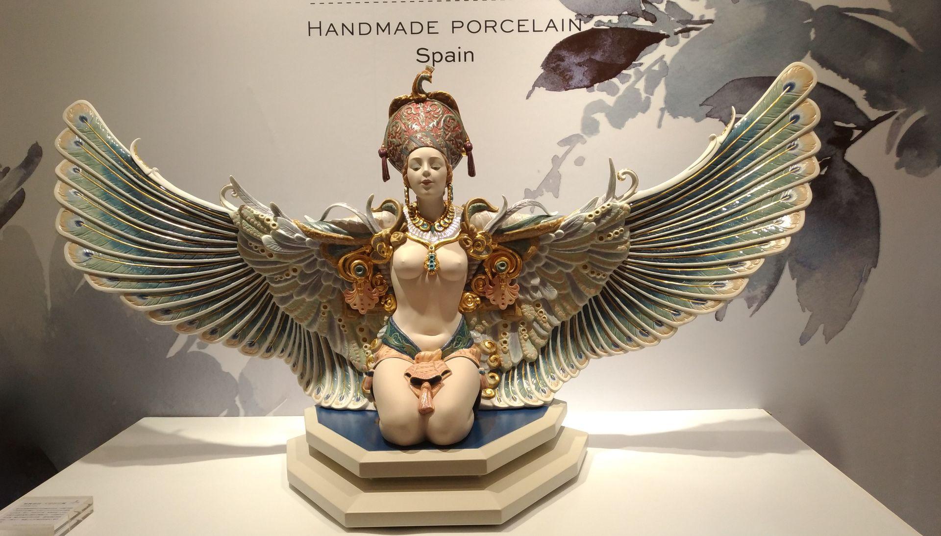 百萬瓷偶展翅 雅緻刻畫女力精神
