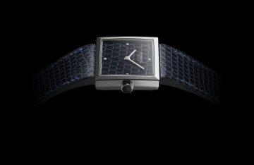 融合錶盤與錶帶:Hermès Carré Cuir 腕錶
