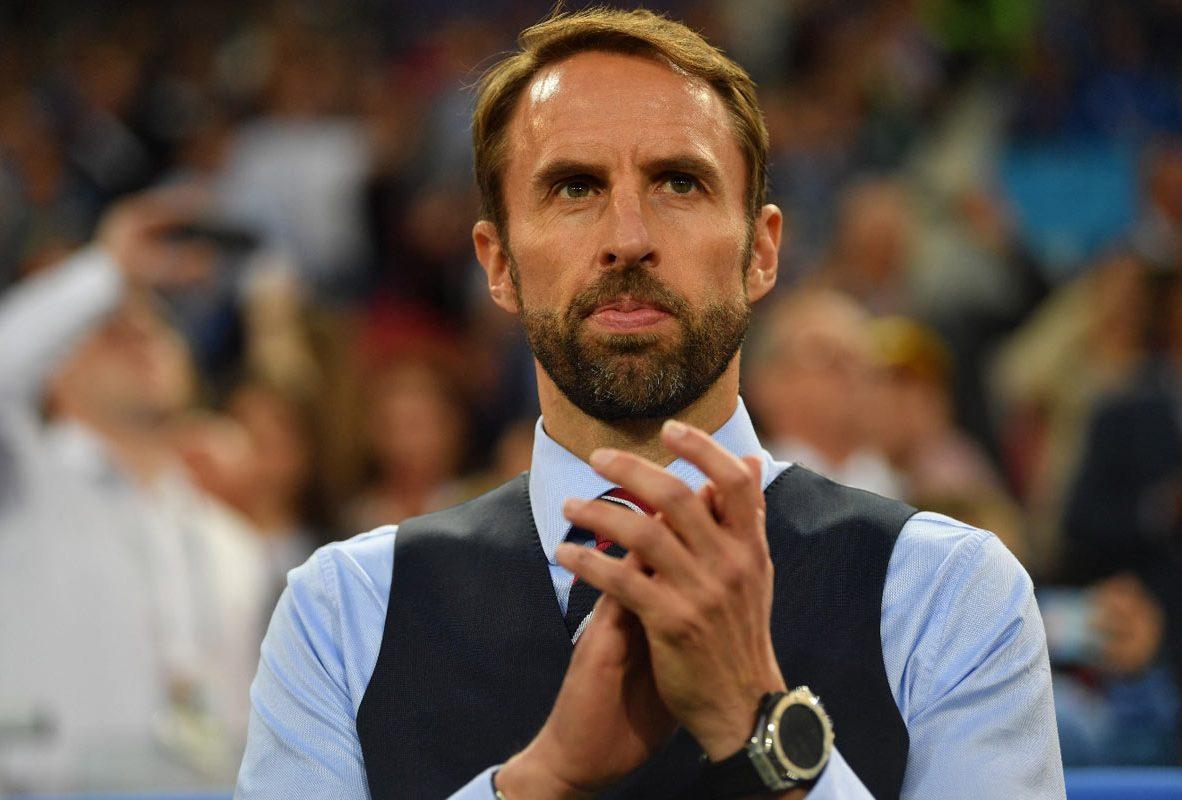英國隊總教練邵斯蓋(Gareth Southgate)佩戴Big Bang 2018 世足賽官方腕錶,參考售價NTD 161,000。