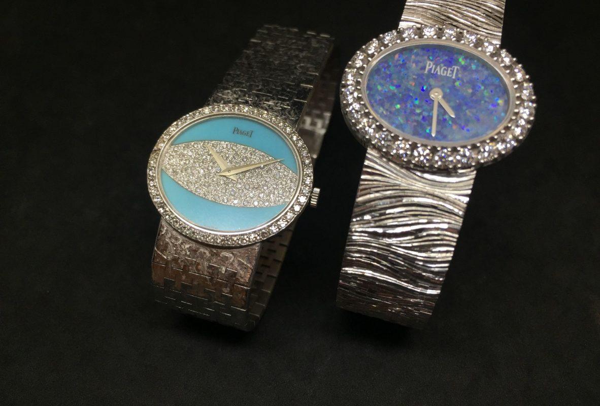 左為伯爵1977年古董錶,綠松石及鑽石錶盤,搭載9P手上鍊機芯。右為現代Extremely Lady腕錶,蛋白石錶盤,木紋修飾白金鍊帶。